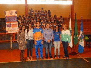 Representantes dos parceiros e comunidade escolar marcam presença em evento realizado no Núcleo Ribeirão do Pinhal/PR.